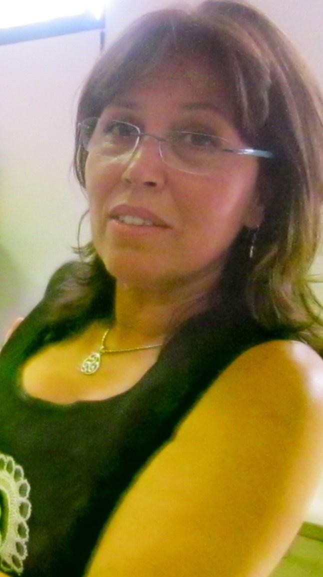 Dña. Rosalía Estupiñán Cáceres