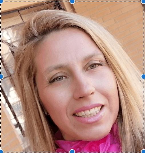 Dña. Ana María López Narbona