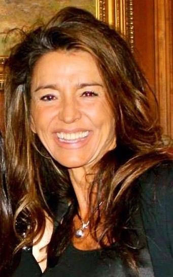 Dña. Marta Casado Martín
